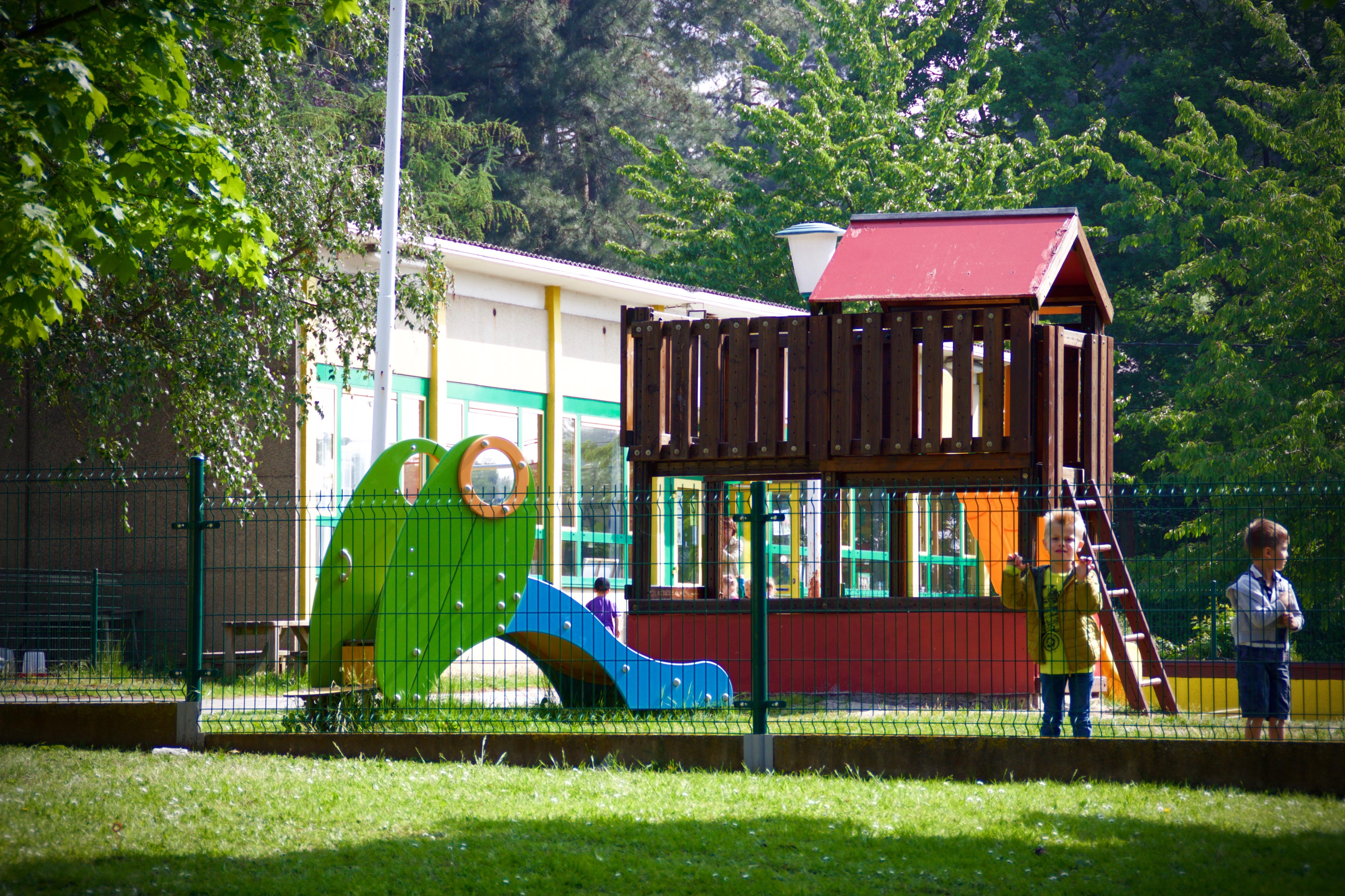 Gebouwen en kinderen - 3