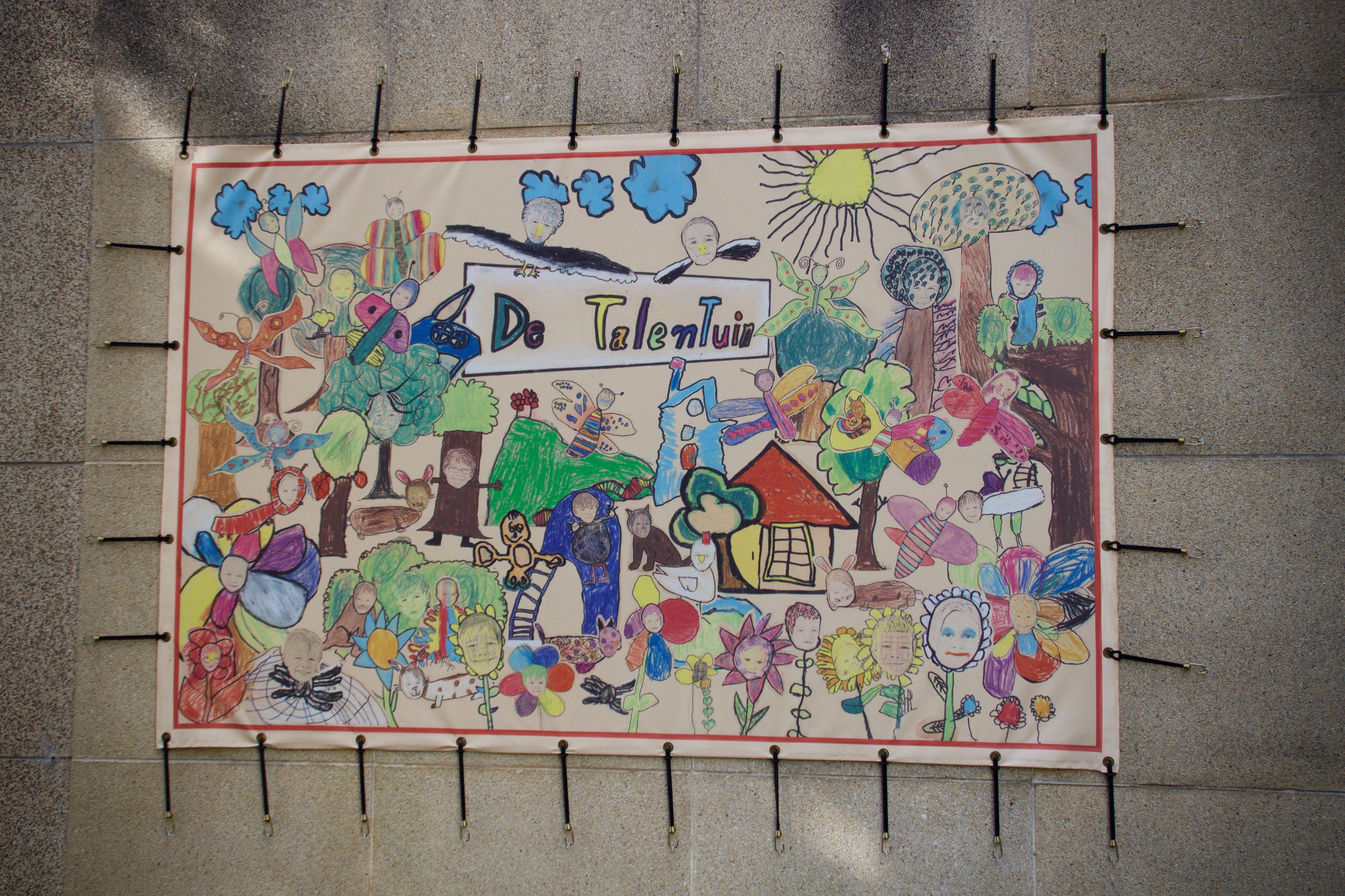 Gebouwen en kinderen - 68